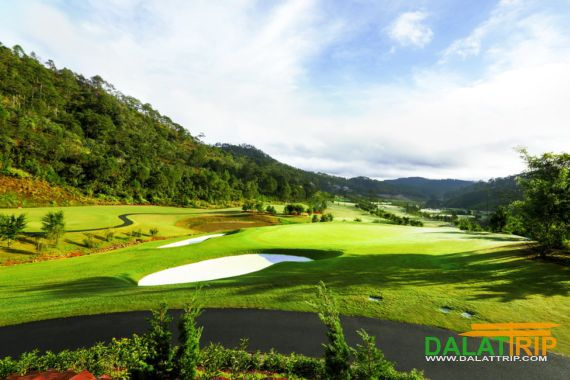Sacom Tuyen Lam Golf Club