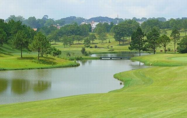 Sân golf Đà Lạt Palace đạt tiêu chuẩn quốc tế sân golf 18 lỗ