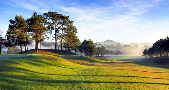 Golf course also called with another name Cu Hill