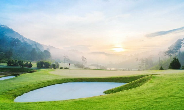 Morning at Sacom Tuyen Lam Golf Course