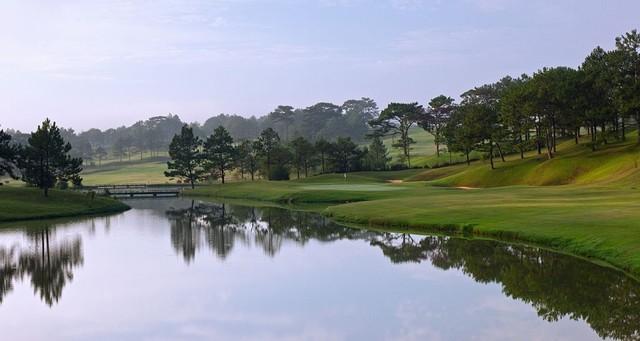 Sân golf Đà Lạt Palace là thử thách thực sự cho những người chơi golf