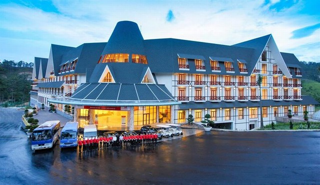 Swiss-belresort Tuyền Lâm - trọn gói golf